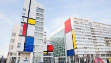 Edifici alla Mondrian per i 100 anni di De Stijl