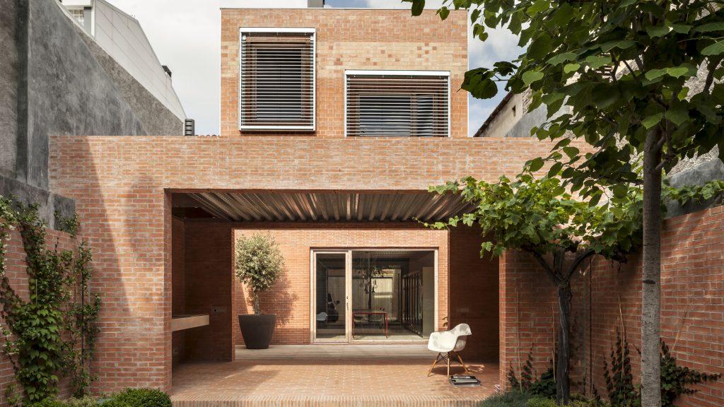 House 1014, Spagna, HARQUITECTS, uno dei 2 progetti vincitori della scorsa edizione del concorso - foto Adria Goula©