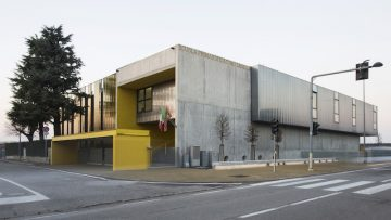 Giulia de Appolonia firma il restyling di una scuola elementare a Villafranca