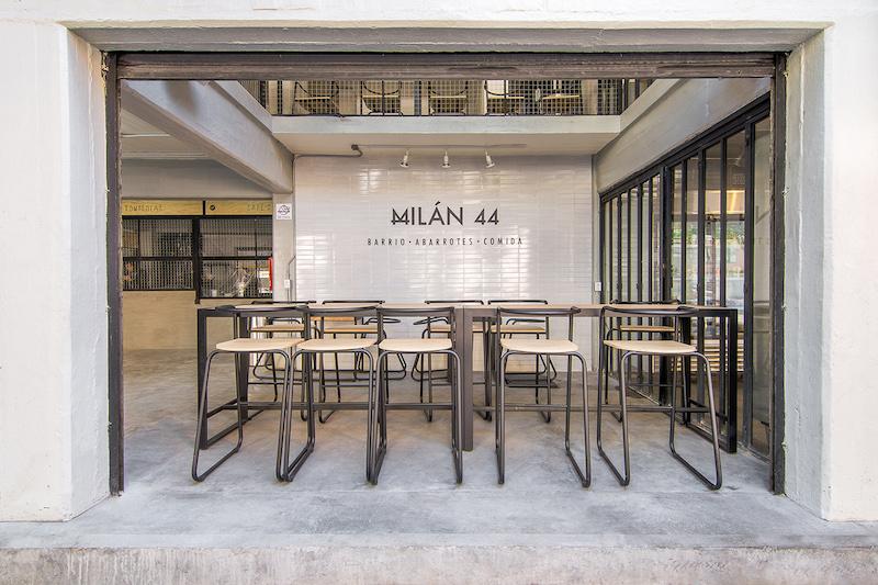 Milan 44 ospita un mercato locale in cui convergono proposte gastronomiche, artigianali e culturali per tutti i gusti © Diana Arnau