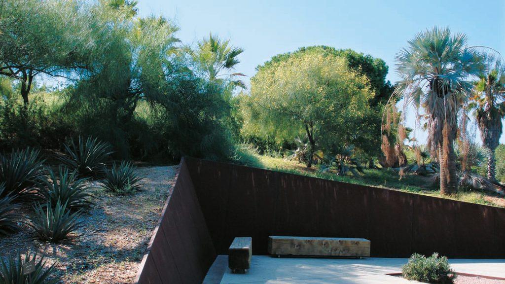 Muri di contenimento in Corten, dal Giardino Botanico di Barcellona (foto: Archivio Marsiglilab)