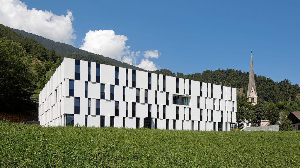 Convitto Fürstenburg a Burgusio (Bolzano) - Werner Tscholl Architetto - Certificazione CasaClima A © René Riller
