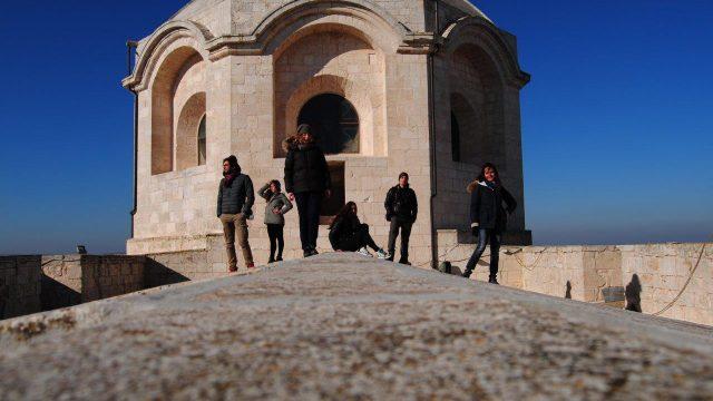 I tesisti del Poliba in cima alla Chiesa di San Giorgio a Locorotondo