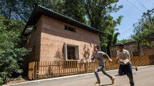 Terra battuta contro i terremoti: analisi del World Building of the Year 2017