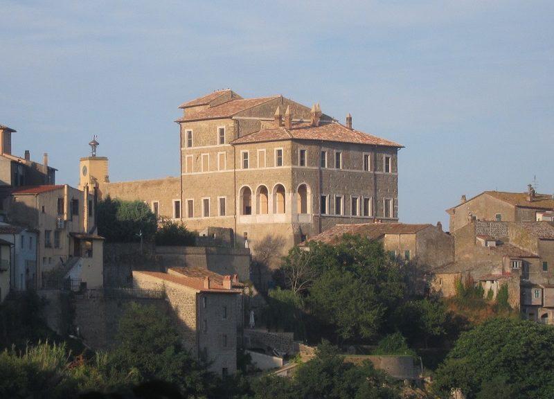 Una veduta della Rocca Farnese di Ischia di Castro (Viterbo)