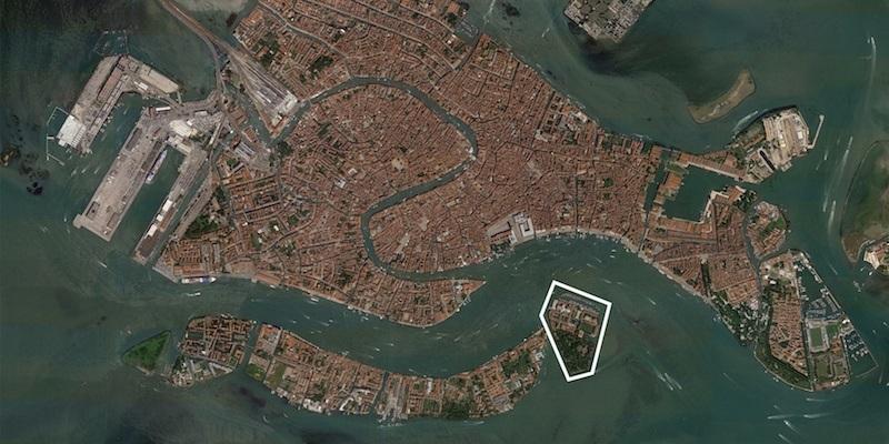 Immagine dall'alto della Laguna di Venezia per identificare l'isola di San Giorgio dove saranno ospitate le 10 Vatican Chapels (Fonte immagini https://www.lignoalp.it/news/lignoalp-la- biennale-venezia- 2018/)