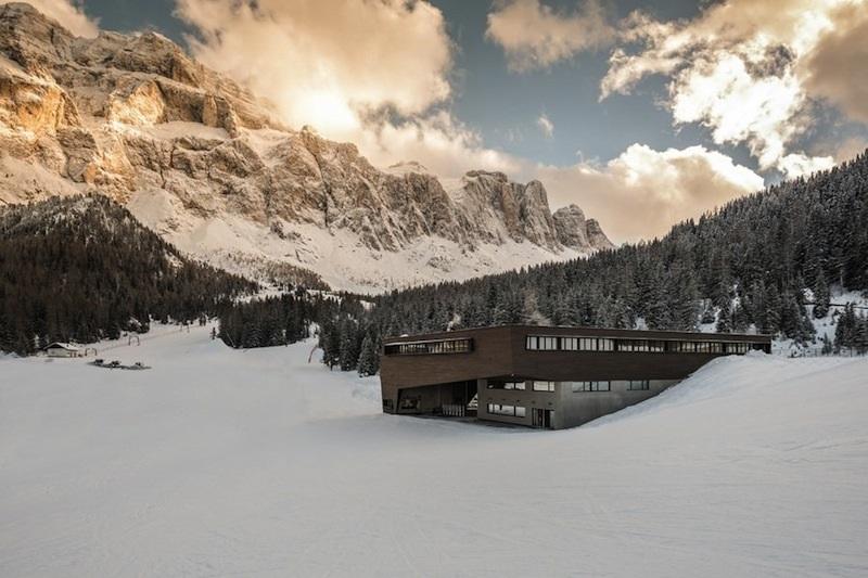 La vista della nuova cabinovia in Val Gardena