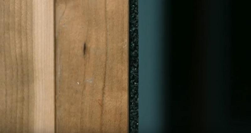 Legno e pannello di pneumatico, l'esperimento riuscito della Sala Gavazzeni di Parma